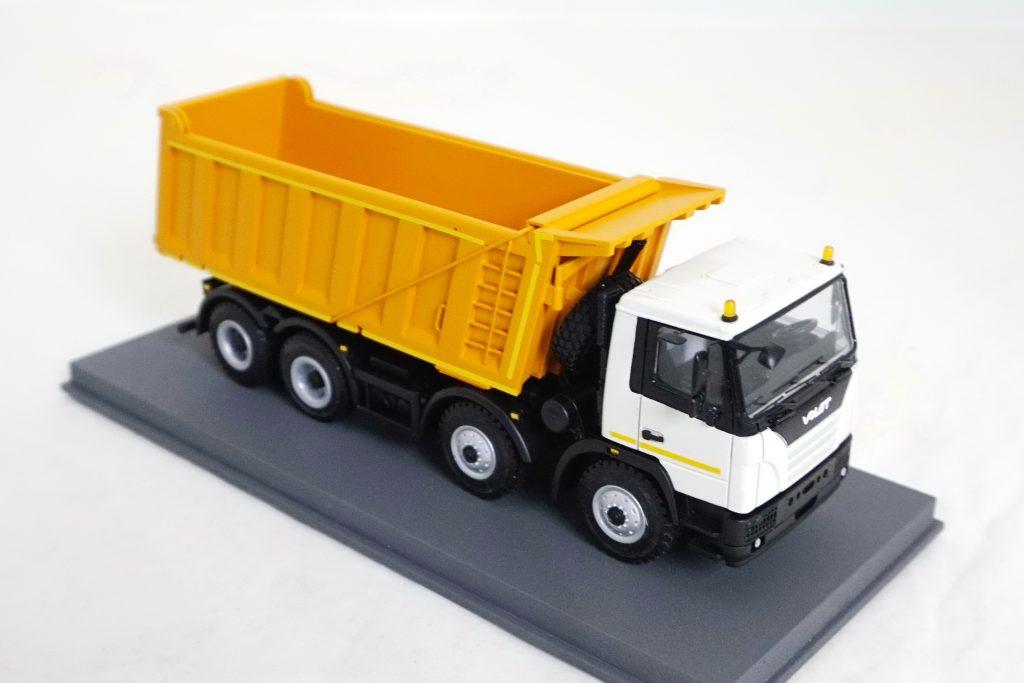 MZKT-750100-021 dumb truck